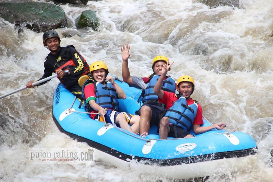 Arung jeram batu malang Pujon Rafting