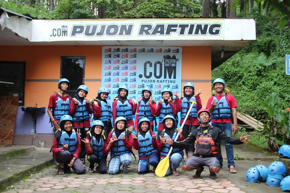 Rafting rombongan Nn. Tyas Lamongan